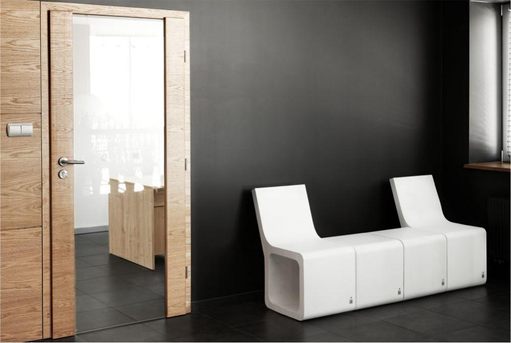 Stołek Harmony z oparciem/Harmony stool with backseat