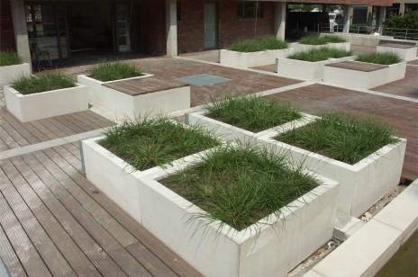 CAREE planter
