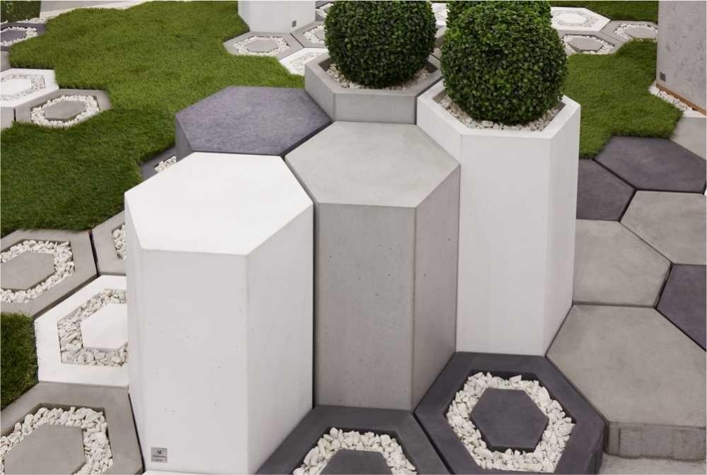 Betonowe siedziska i donice/Concrete seats and planters
